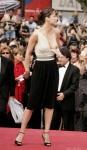 L4.-Sexy-Sophie-Marceau-Cannes-2008.jpg