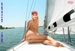 L27.-Sexy-Julie-Navigue-Fakes.jpg
