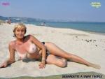 Z23.-Sexy-Bernadette-a-La-Plage.jpg